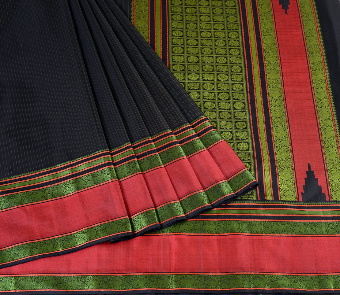 Kanjivaram Silk Saree in Black with vertical Mutthu Seer
