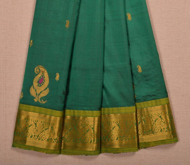 Kanjivaram silk pavadai in green