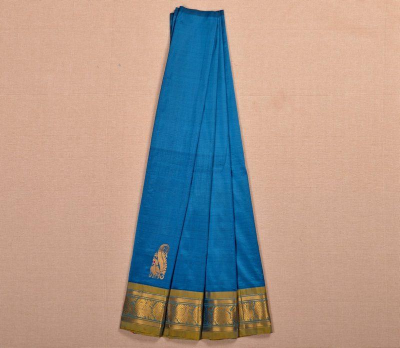 Kanjivaram silk pavadai in blue