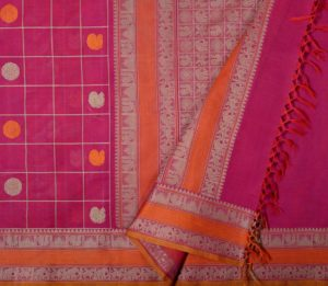 Magenta Kanchi cotton saree with mutthu kattam and butta