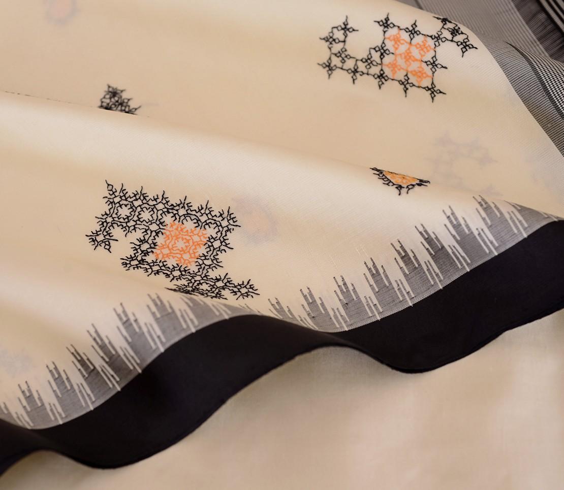 exquisite-kanjivaram-silk-saree-kasuti-weavemaya-bangalore-India-Maya-offwhite-1962018-4