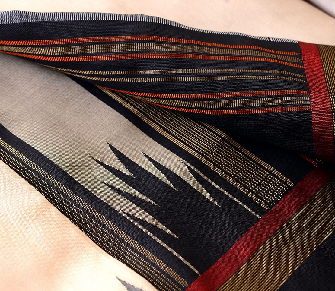 Kanjivaram Silk Saree in Off-White with Korvai Border