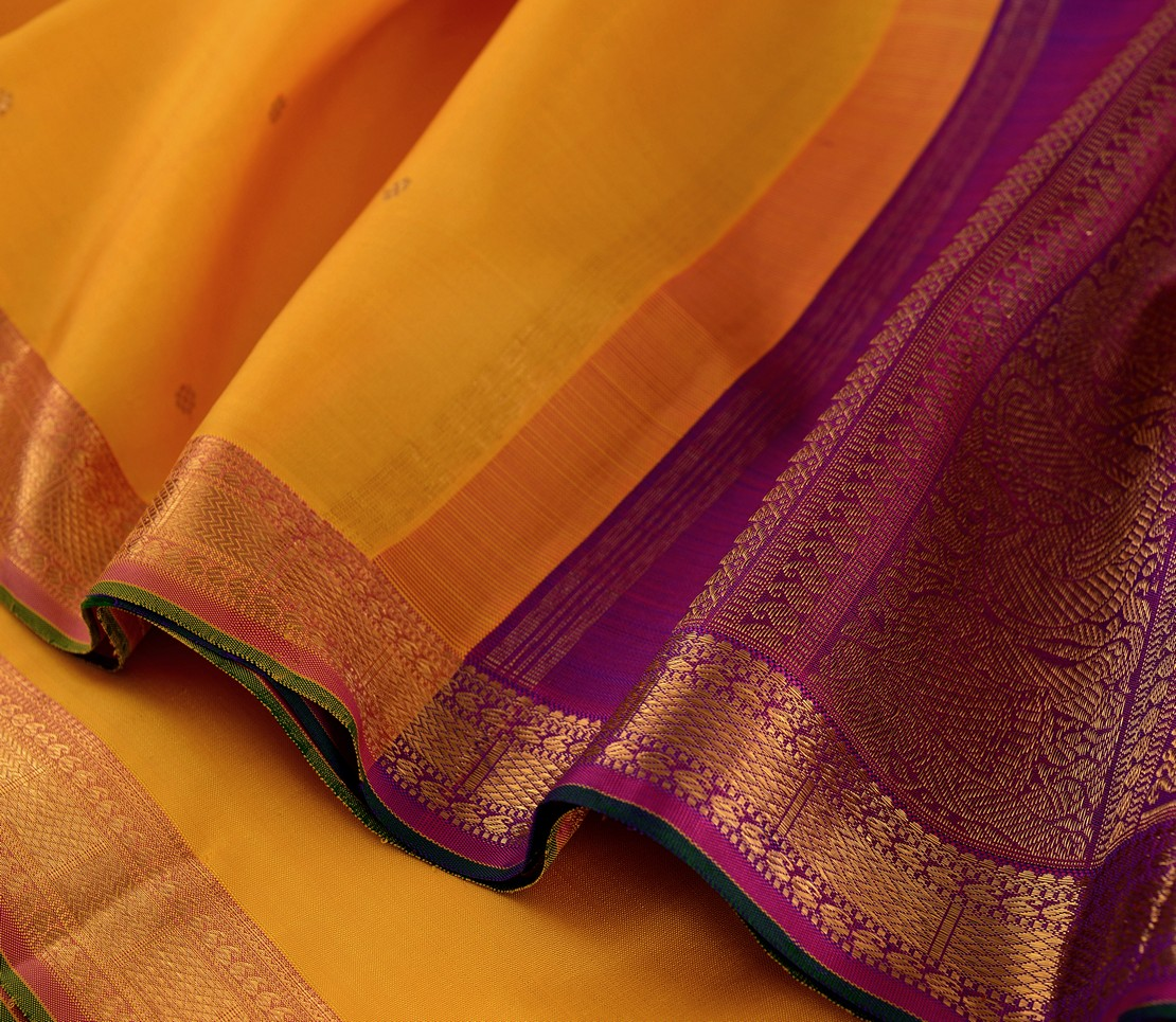 elegant-bridal-kanjivaram-silk-saree-weavemaya-bangalore-India-Maya-yellow-852105-wave