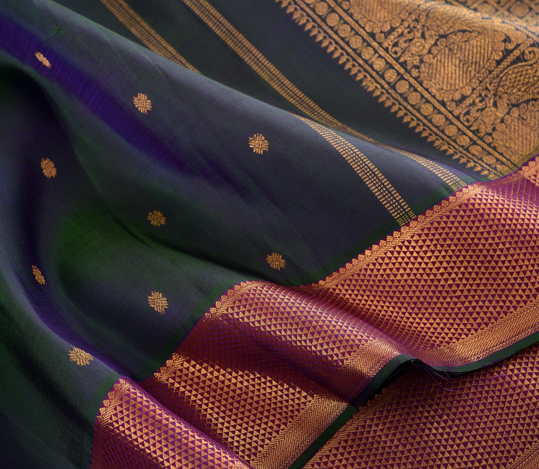 elegant-kanjivarams-silk-saree-weavemaya-bangalore-India-Maya-peacock-blue-852107-wave
