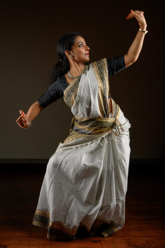 Maya-Curated-Kanjivaram-Silk-Sarees-Online-Handwoven-Handmade-Make-In-India-Cotton-Parutti-Handcrafted-Sandhya-Udupa-Bharatanatyam-Dancer-Mrs-Ghatam-Giridhar-Udupa-1