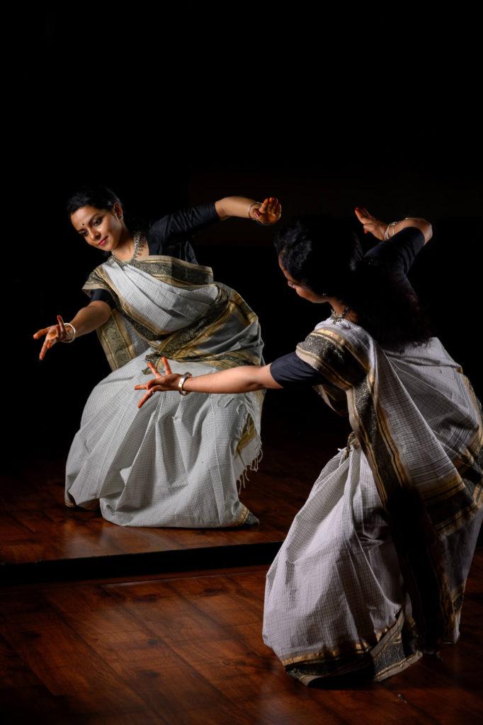 Maya-Curated-Kanjivaram-Silk-Sarees-Online-Handwoven-Handmade-Make-In-India-Cotton-Parutti-Handcrafted-Sandhya-Udupa-Bharatanatyam-Dancer-Mrs-Ghatam-Giridhar-Udupa-6a
