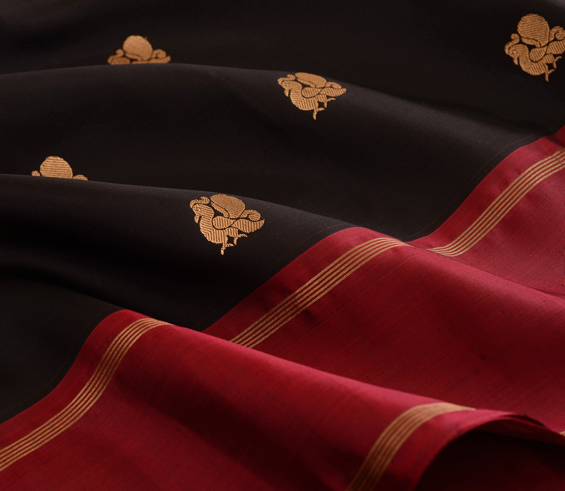 elegant-kanjivaram-silk-saree-weavemaya-Bangalore-India-Maya-sarala-black-2872003-wave