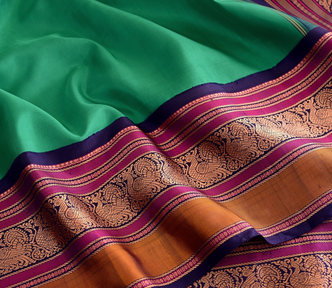 elegant-sampradaya-kanjivaram-silk-saree-weavemaya-Bangalore-India-Maya-Ramar-green-6202120-wave