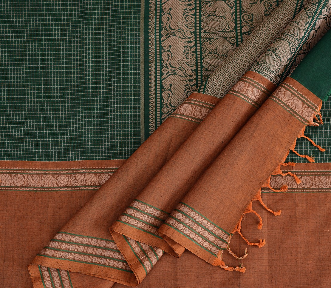 exquisite-kanchi-cotton-parutti-saree-weavemaya-Bangalore-India-Maya-mutthu-kattam-mubbhagam-ganga-jamuna-bottle-green-1492135-wave