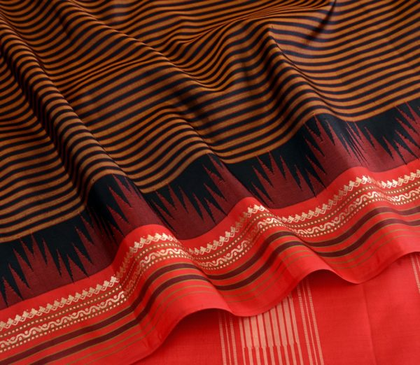 Traditional-korvai-border-Kanjivaram-silk-saree-weavemaya-Bangalore-India-Maya-black-10082103 5
