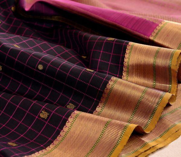 elegant Kanjivaram silk saree kattam butta rich pallu weavemaya Bangalore India Maya Black 1582101 wave1