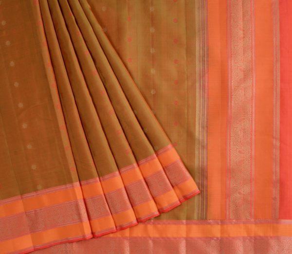 Elegant Kanjivaram threadwork butta weavemaya Bangalore India Maya mehendi green 4502107 3