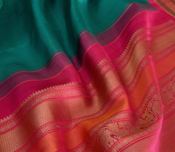 Traditional korvai border Kanjivaram silk saree weavemaya Bangalore India Maya Ramar green 4502141 5